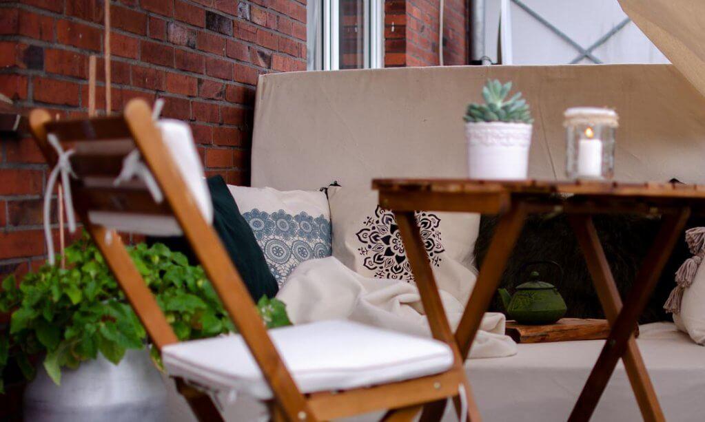 7 Diy Tipps Für Eine Gemütliche Diy Balkon Lounge Hilli